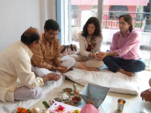 Inauguración-de-la-oficina-en-Agra-India-300x225 2
