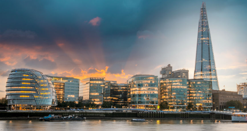 20% das empresas no Reino Unido pondera relocalizar-se caso Brexit avance