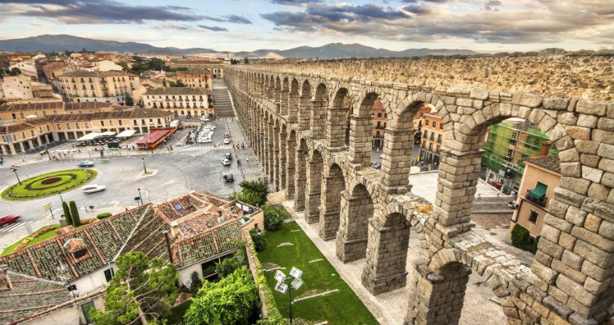 Las divisas, a primer plano en el comercio exterior de Castilla y León