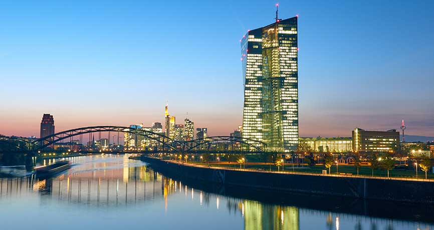 El euro rebota sobre un crecimiento fuerte en Alemania y se mueven los tipos de interés en EEUU