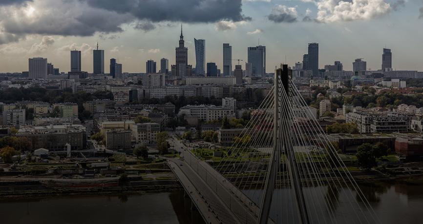 Dobre dane PKB z Polski wspierają złotego