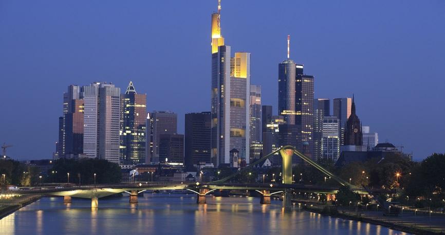 Deutsches Wachstum unterstützt den Euro, US Zinsen bewegen sich