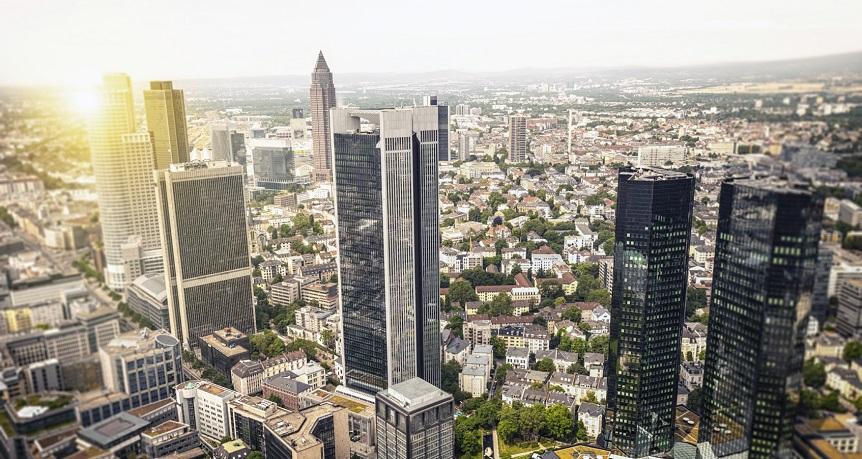 Euro recupera com forte crescimento da economia alemã