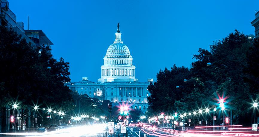 Dollar onder druk door politiek in VS, korte impuls voor het pond